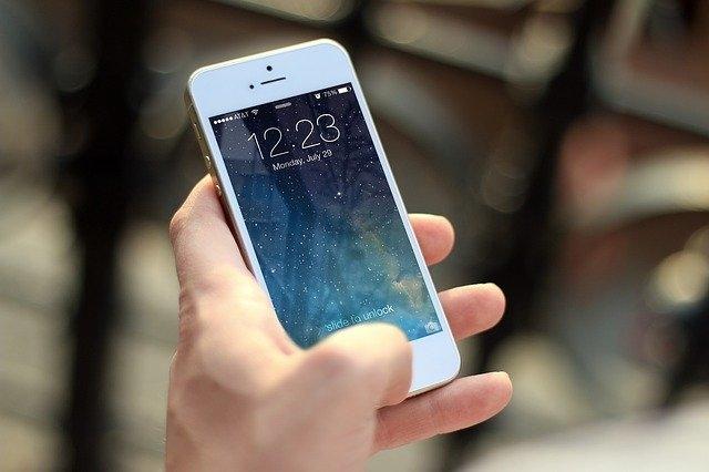 Quel est la différence entre un telephone et un portable ?